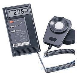 数字式照度计 TES-1330A